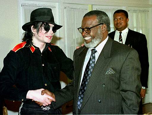 图文:杰克逊的最后30个瞬间-纳米比亚总统接见杰克逊