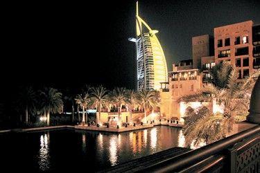 参观阿联酋馆有机会免费住迪拜七星酒店