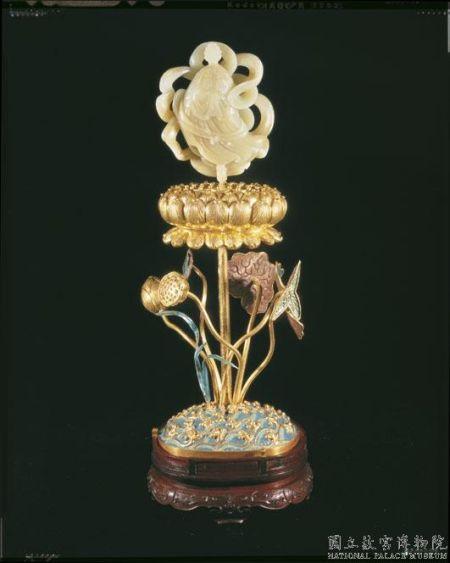 清铜镀金嵌白玉及填珐琅八吉祥-胜利幢