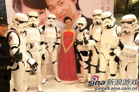 美丽的新娘与威武的军团兵