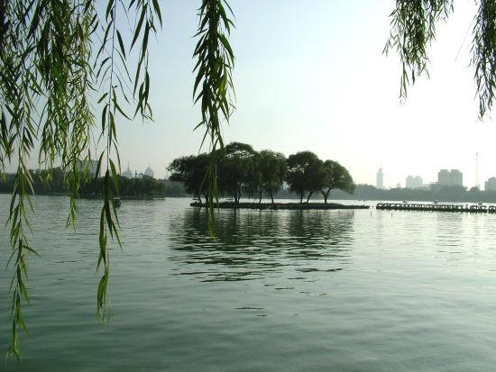 大明湖原景