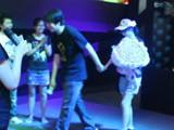 暴雪玩家现场浪漫求婚 女主角喜泣CJ现场