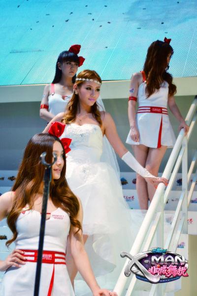 婚纱女装扮靓爆CJ