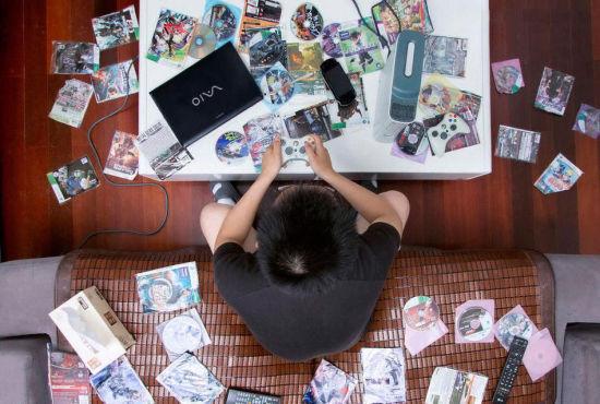 90后宅在家里打游玩是第壹选择_网页游玩