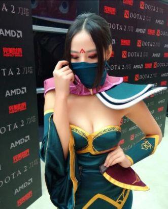 Dota2发布会现场cosplay