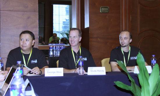 iEM主办团队负责人George Woo、Stude Randy、Brent Young