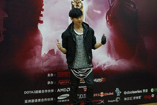 DOTA2亚洲邀请赛现场 JJ林俊杰献唱黑键图赏