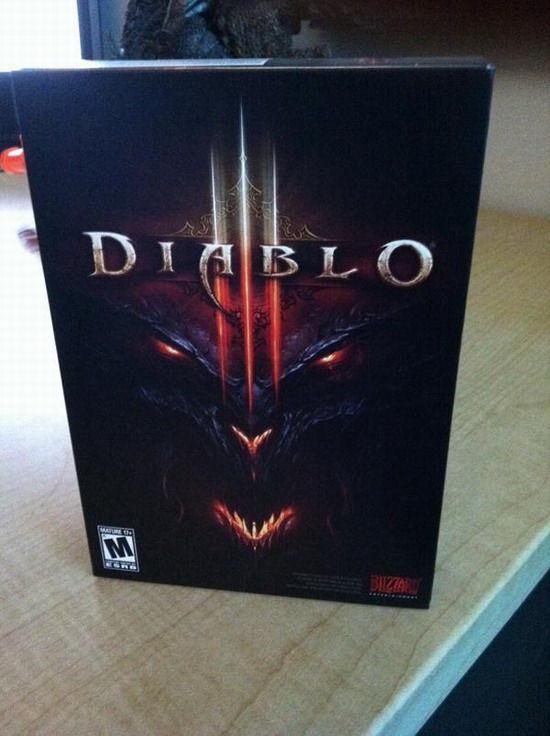 暗黑破坏神3游戏包装盒实物照片_暗黑破坏神