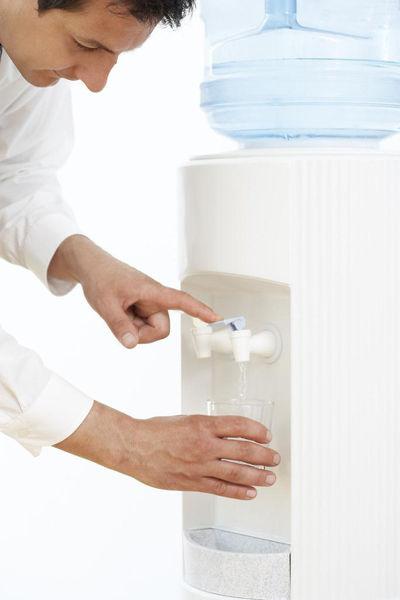 你选购的桶装水正规安全吗?