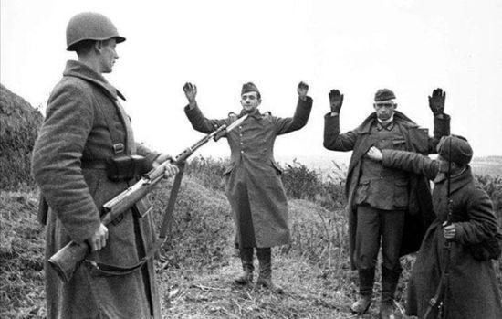 苏联红军在德国_其实,这是被苏军俘获的数万德军战俘被苏联红军押解着在莫斯科市区\