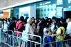 """实拍:香港书展""""靓模写真事件""""惹争议(组图)"""