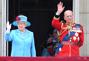 英国举行皇家阅兵式庆祝女王官方生日