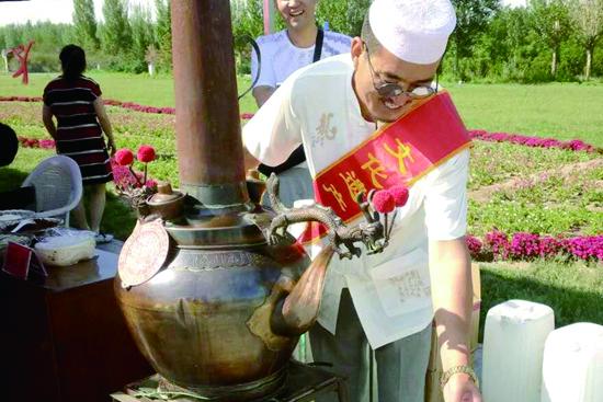 内蒙古非物质文化遗产传承人每年可得5000元补助