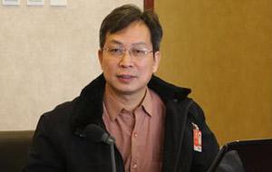 广州市政府参事室主任文史馆馆长张嘉极