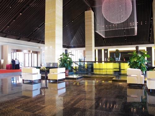 市旅游局负责人表示,该酒店的运营将对提升北戴河新区乃至全市旅游