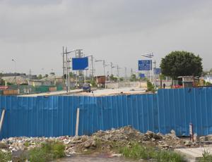 桂澜路口正在封闭修整