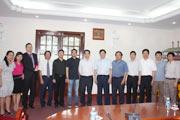 代表团会见越南陶瓷建材协会