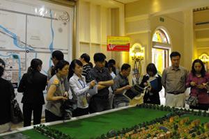 香河线第一站大运河 孔雀城