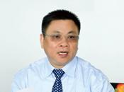 [之江]杭州之江有�C硅董事�L 何永富