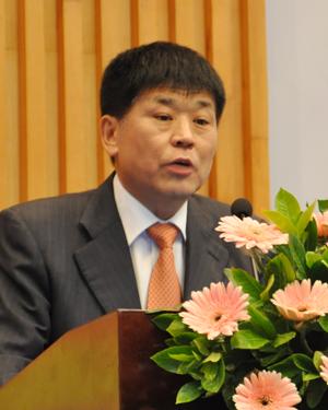 中房协产业协作委员会秘书长 张力威供需共赢-中国房地产采购平台