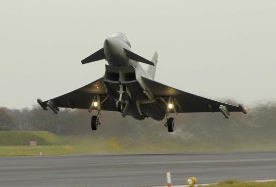 """英国与沙特将就组装""""台风""""战机达成协议"""