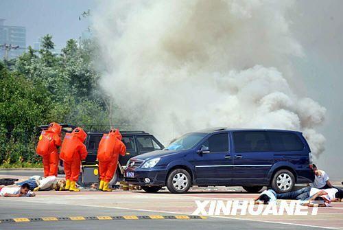 公安部长观看长城5号国家级反恐演习(组图)