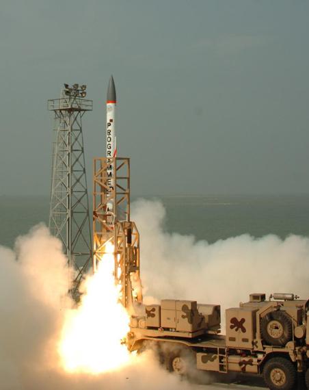 资料图:印度反导拦截导弹发射实验