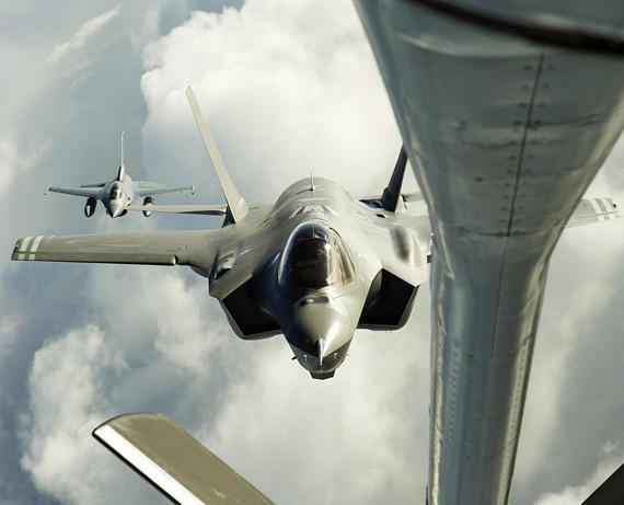 美国空军F-35A联合攻击战机