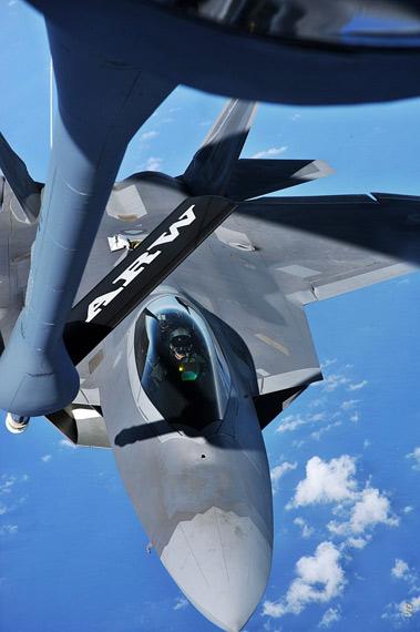 报告称F-22A战机有能力成功的完成击杀移动式发射车的任务