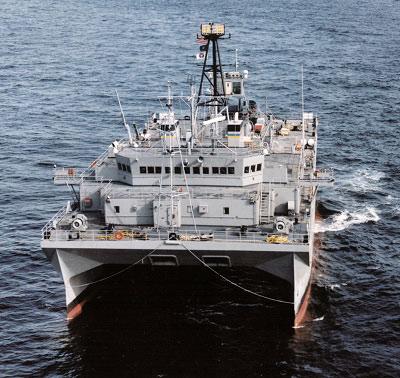 资料图:美国海军监测船携带有先进的拖曳声呐,可以探测潜艇动向。