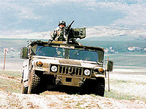 美国悍马军用越野车
