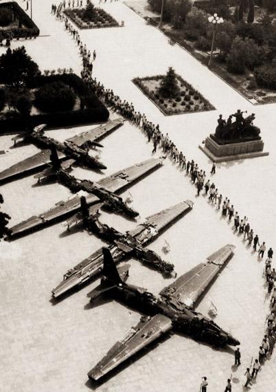 1962年9月至1967年9月,空军地空导弹部队共击落国民党空军U-2型高空侦察机5架,这是在北京军事博物馆展出的其中4架U-2型飞机残骸图片来源:新华网