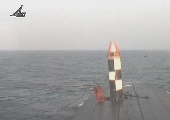 俄布拉瓦潜射战略导弹试射资料图