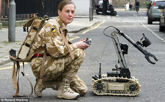 small soldier is the latest demonstration of bomb disposal robot,