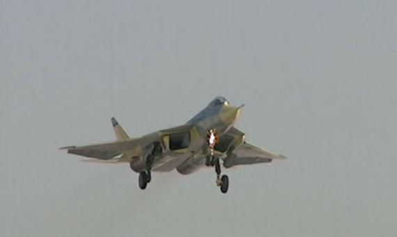资料图:俄罗斯第五代战机首次升空升空试飞