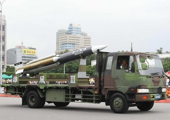 资料图:台军自行研制的雄风-3型巡航导弹