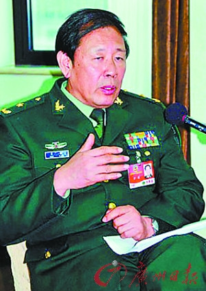 Luo, Military Academy of vice minister of the world's military research , Major General, researcher and PhD supervisor, executive director of China Society of Military Science and the international military branch president 。