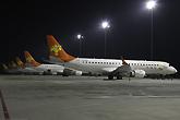 夜幕下的天津航空机队