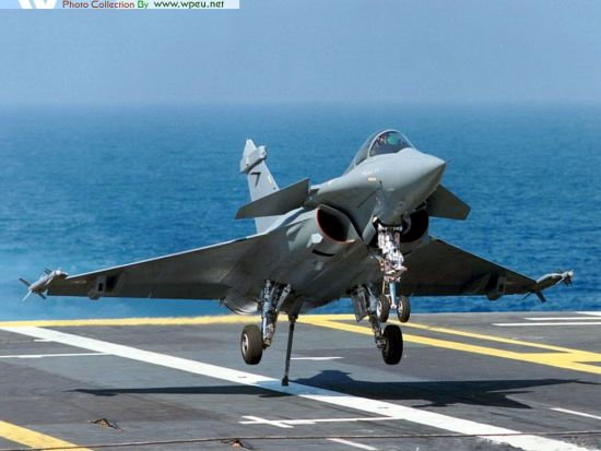 French Rafale fighter is the implementation of the Libyan military tasks of the main air aircraft