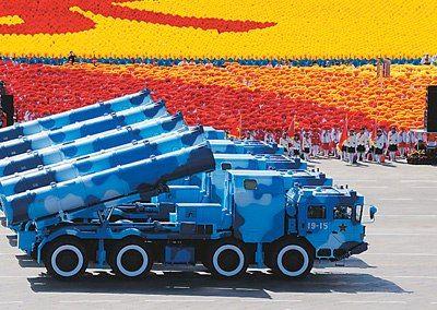 我鹰击8反舰导弹曾在泰国发射表演一举命中靶船(组图)