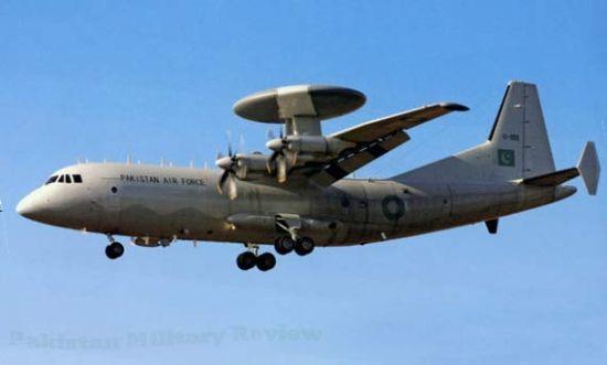 巴基斯坦军事评论网日前曝光了中国为巴空军研制的第二架ZDK-03预警机的首批照片