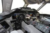 机长位看787驾驶舱