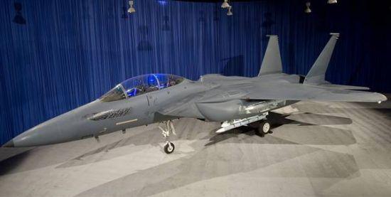 波音的F15SE战机