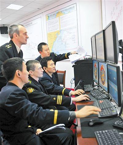 中俄军官联合组织演练。