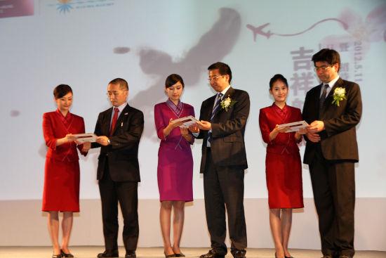 这将是吉祥航空开通的首条国际航线(摄影:沈铨)