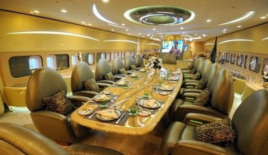 沙特王子打造最贵飞行宫殿。