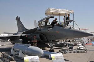 2010迪拜航展上阵风战机对外开放可随意参观