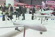 中航工业展出C919客机及多款战机模型