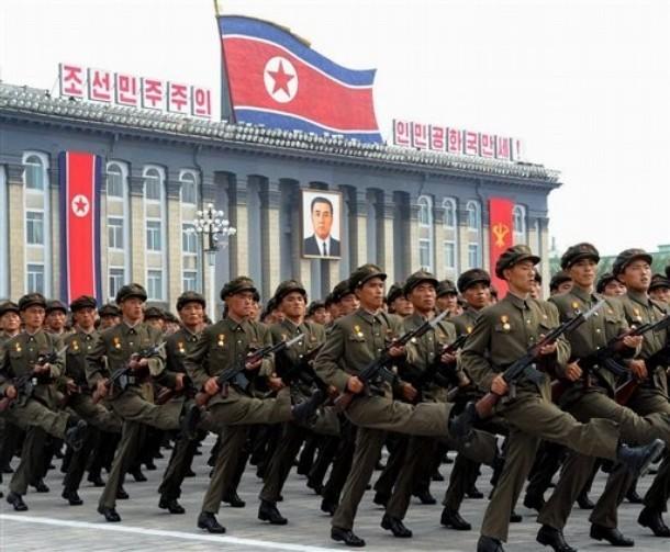 朝鲜纪念建国63周年阅兵式