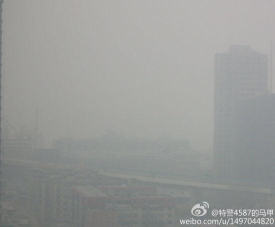 辽宁号航母2013年首次出港
